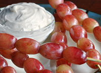 Skewered Grapes with Cheesecake Dip